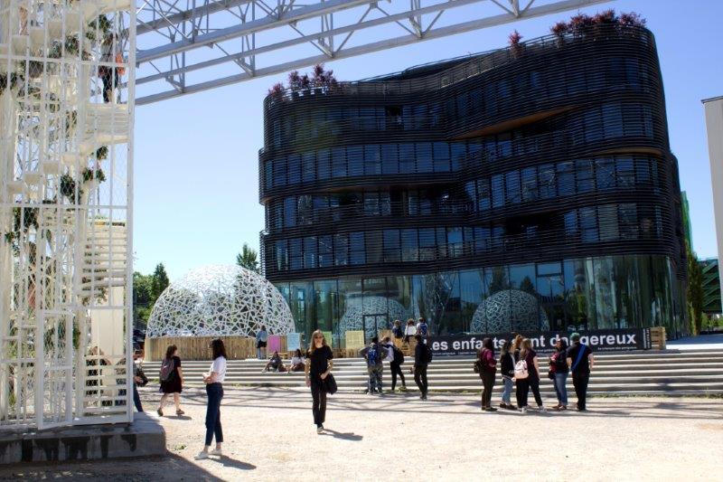Intervento progetto architettura effimera temporale leggera spazi pubblici partecipativa mobile nomade urbana Biennale Architecture Lyon